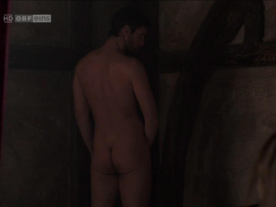Oliver Jackson-Cohen Naked