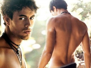 Enrique Iglasis Shirtless
