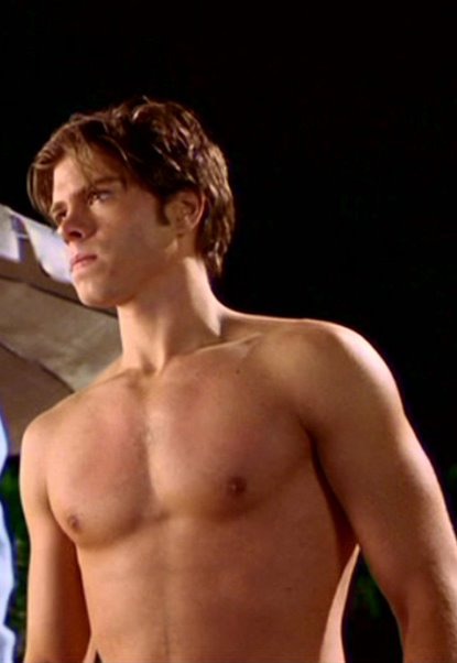 Matthew Lawrence Shirtless