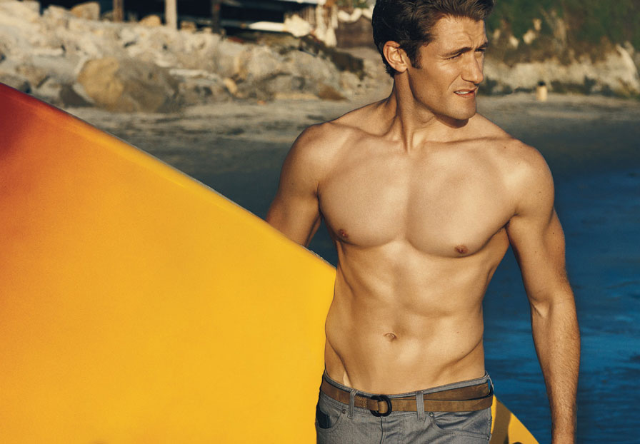 Bare Chested Beauty Matthew Morrison took some very sexy photos for ...: malecelebsblog.com/tag/beach