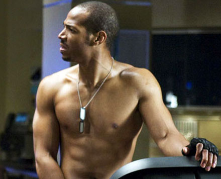 marlon-wayans-shirtless