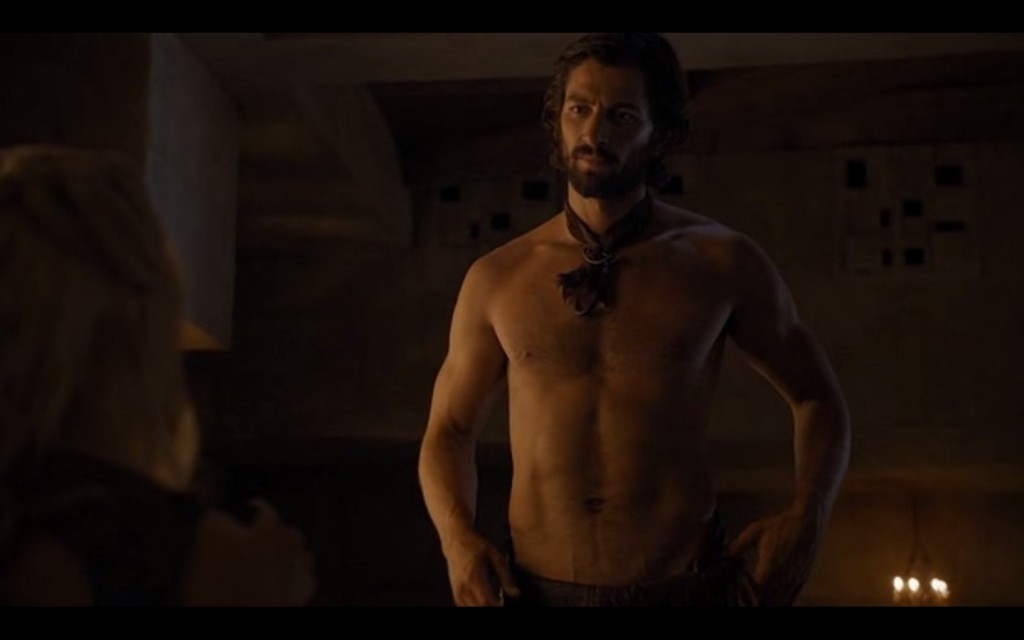 Michiel Huisman Shirtless