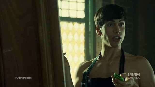 Jordan Gavaris Naked On Orphan Black