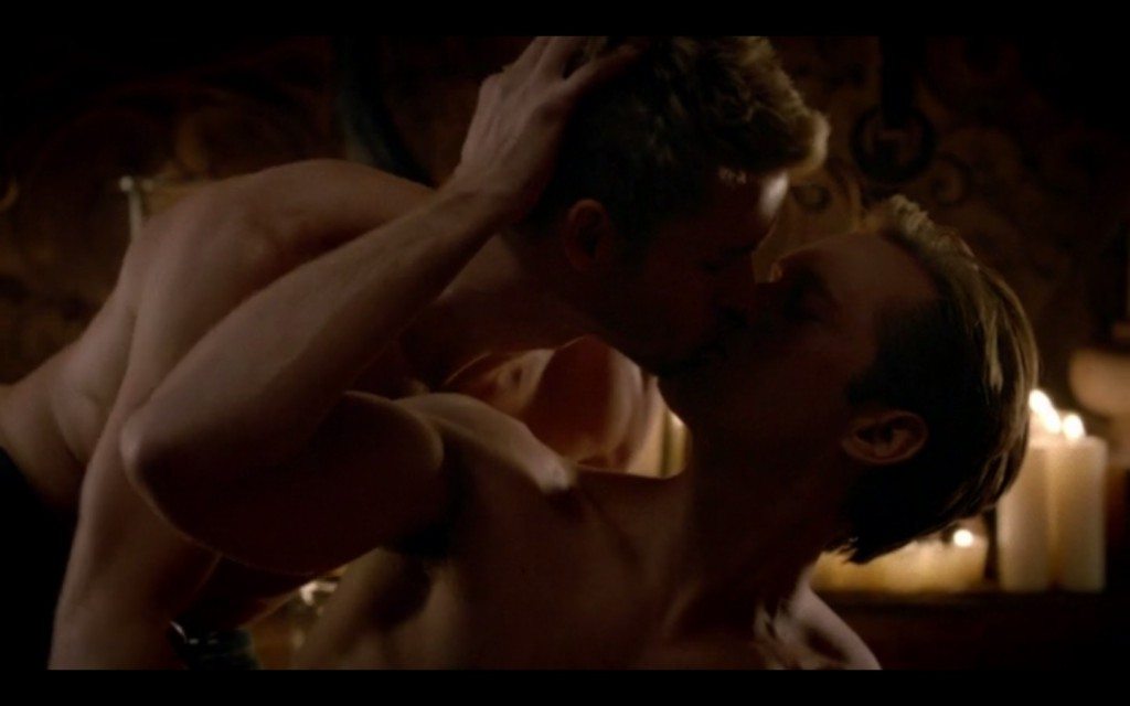 Alexander Skarsgard and Ryan Kwanten Gay Kiss