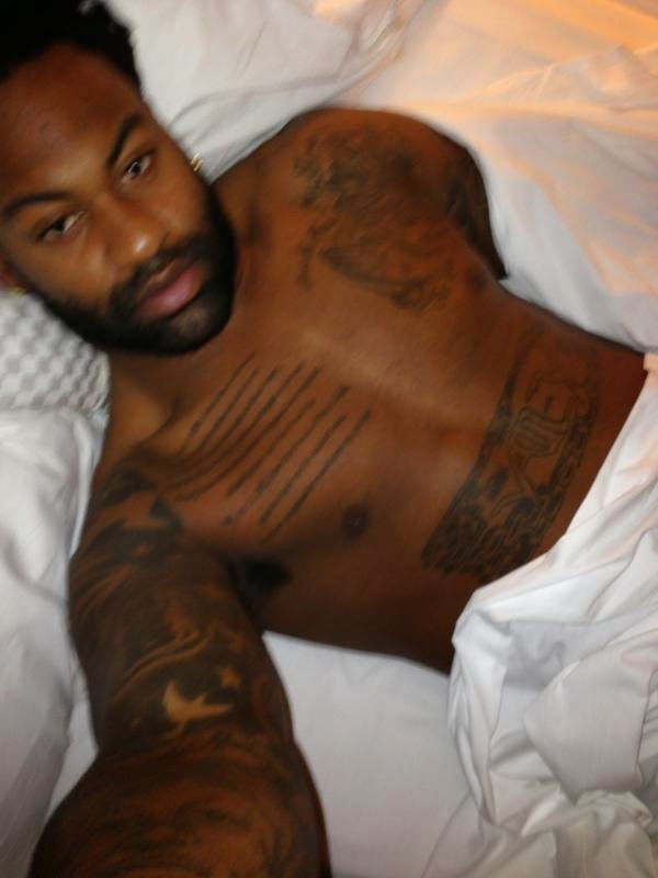 Naked Football Player Brandon Spikes