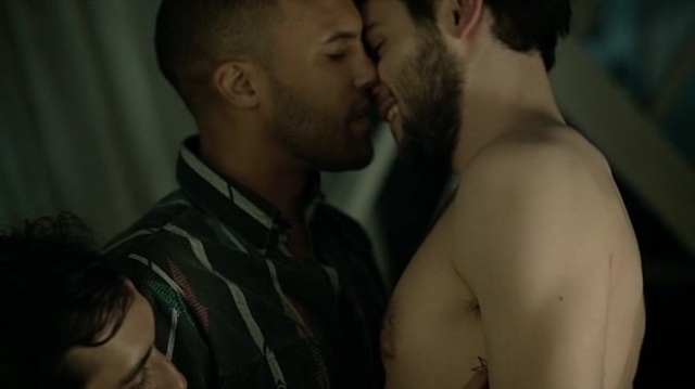 gay celebs kissing