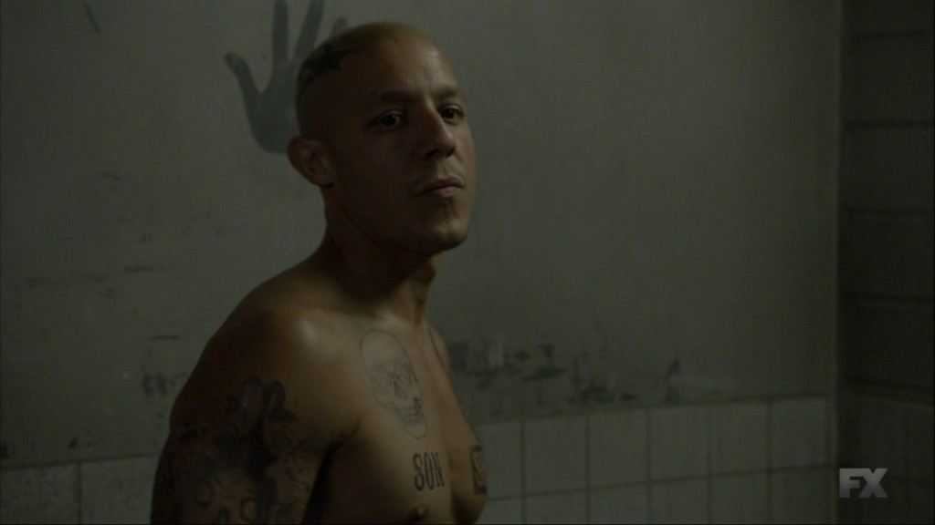 Theo Rossi Shirtless