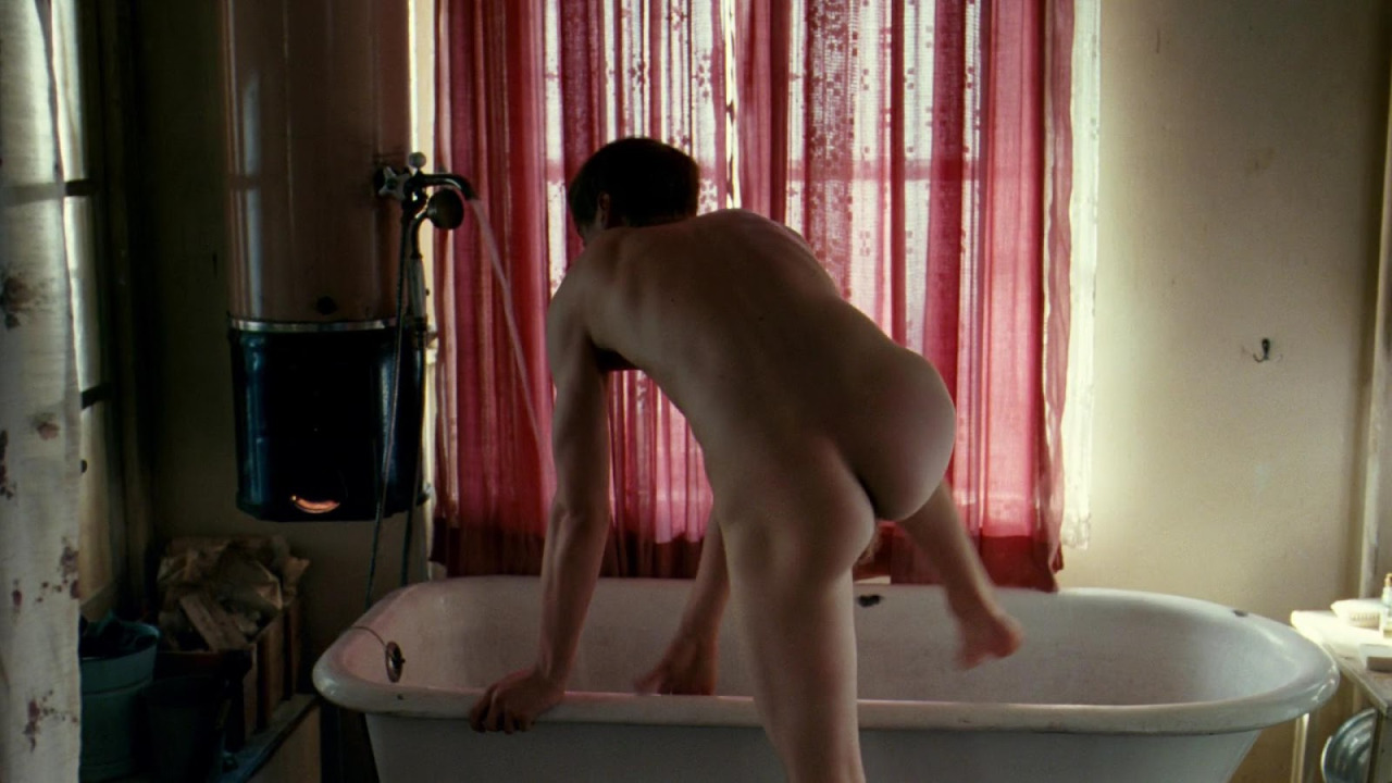 David Kross Nude Video 17