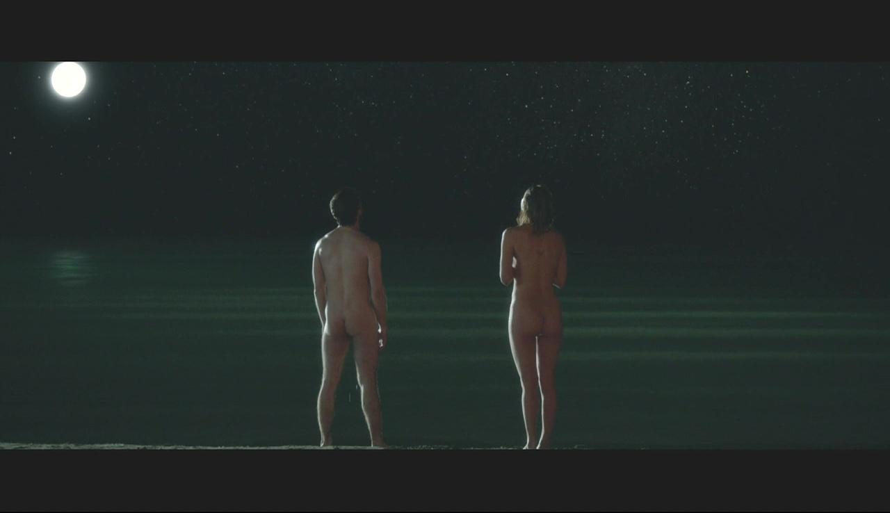 naked-scene-from-equus